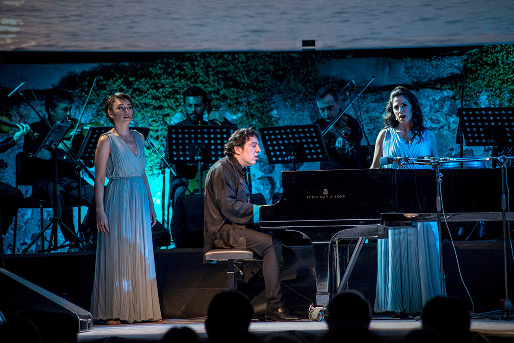 Fazil Say, on piano, with the Borusan Quartet at the Istanbul Music Festival. Photos by Monique Jaques.