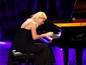 An Interview With Valentina Lisitsa, the 'YouTube Pianist'
