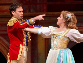 """Elixir of Love"" at the Met Opera: a Terrific Cast Freshens Up a Dowdy Production"
